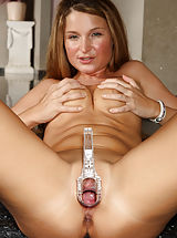 Euro Beauty Angel Snow Gaping Pussy with Speculum