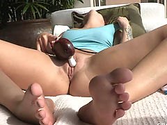 dildo pictures, Madelyn has strong orgasm outside in the sun